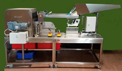 Машина для удаления косточек из сливы, абрикосов, плодоножек клубники